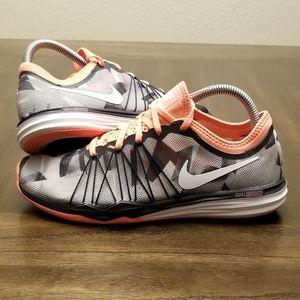 Nike Training Dual Fusion Hit Size 8.5